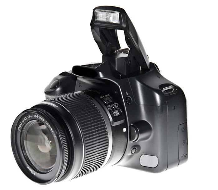 Dslr camera isolated on white