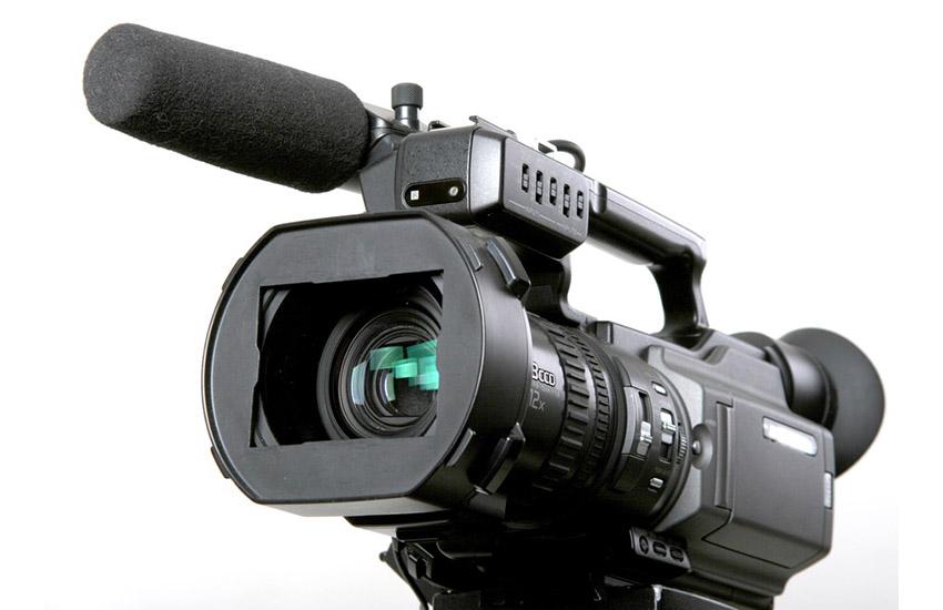 stand black mini-dv camcorder with 3ccd matrix