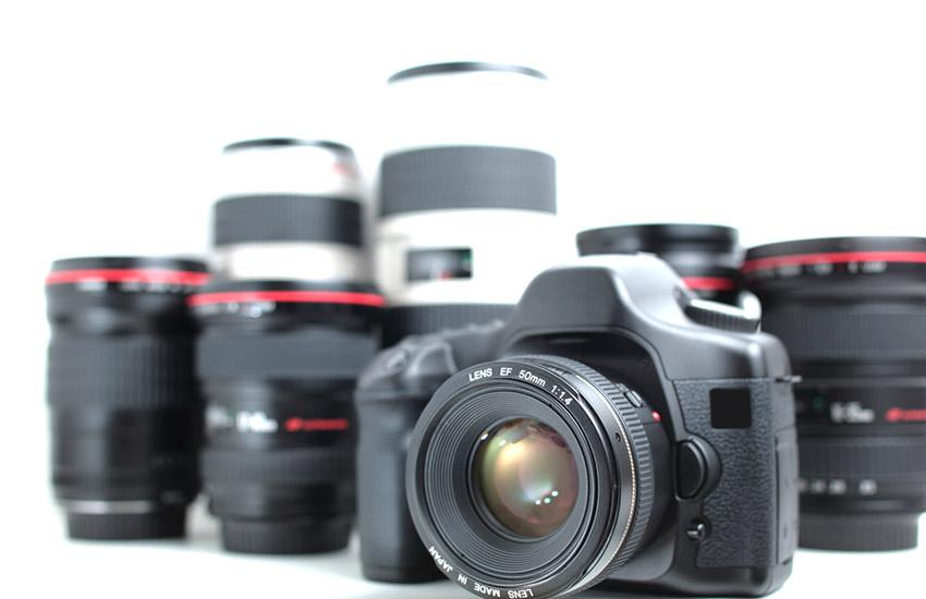 DSLR & Lenses (Modern hi-end professional photographic equipment